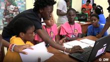 DW Videostill Ghana: Tech Girls in the Slums