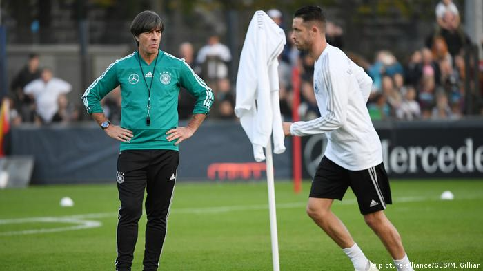Deutschland Training Fußball Nationalmannschaft in Berlin (picture-alliance/GES/M. Gilliar)