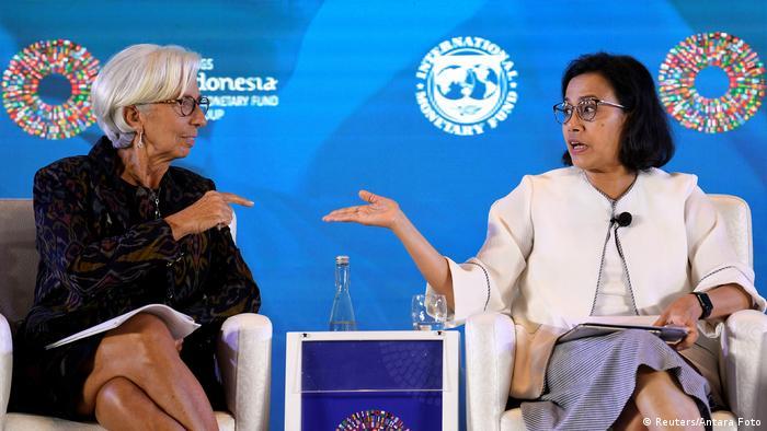 Lagarde con la ministra indonesia de Finanzas, Sri Mulyani Indrawati.