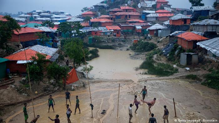 Kamp Rohingya di Bangladesh