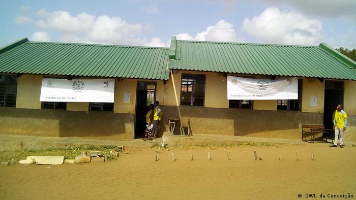 Lokalwahlen in Mosambik - Wahl in Inhambane ( DW/L. da Conceição)