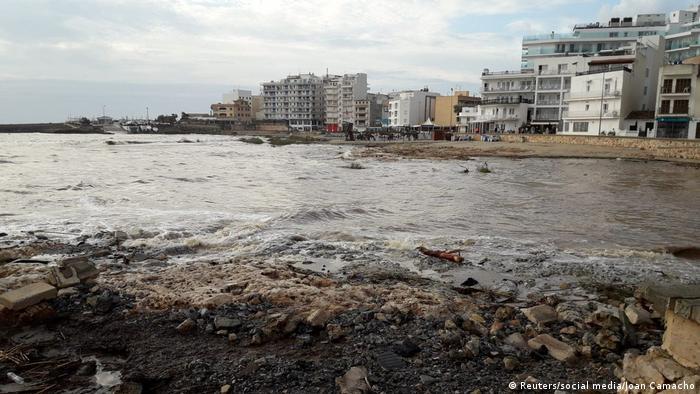 فاجعههای طبیعی همواره بیشتر و ویرانگرتر میشوند