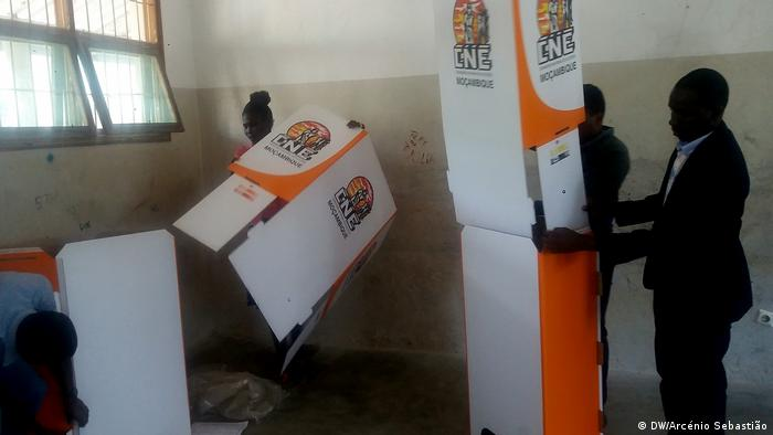 Lokalwahlen in Beira, Mosambik (DW/Arcénio Sebastião)