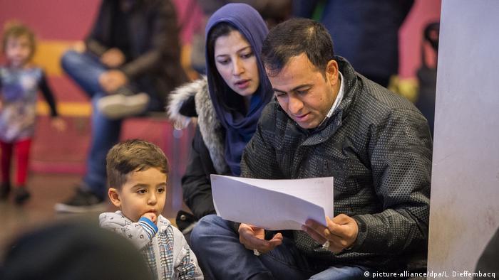 کاهش حمایتهای دولتی از برخی پناهجویان در آلمان