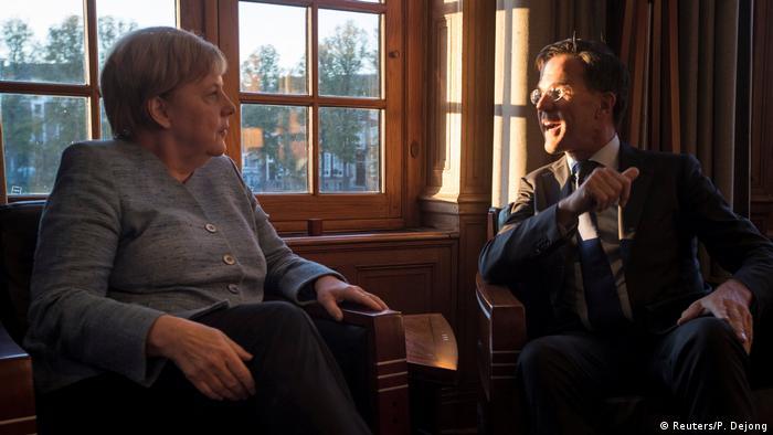 Niederlande Angela Merkel und Mark Rutte (Reuters/P. Dejong)