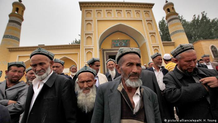 Çin'de Müslüman bir azınlık olan Uygurlar