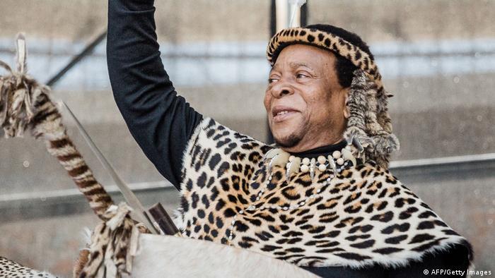 König Zwelithini bei einer Zeremonie Im Fußballstadion von Durban (07.10.2018)