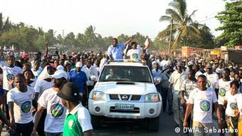 Mosambik Wahl | Anhänger von MDM (DW/A. Sebastiao)