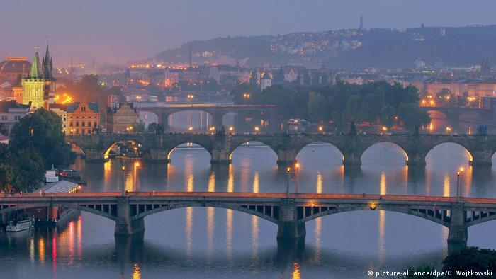 У Чехії пом'якшують карантин