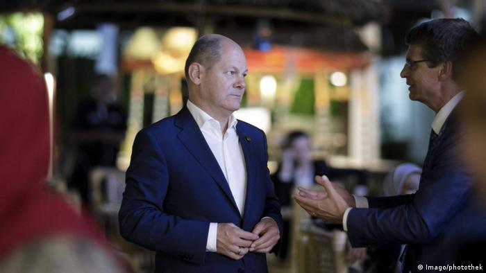 German Finance Minister Olaf Scholz at the IMF conference in Bali, Indonesia (Imago/photothek)
