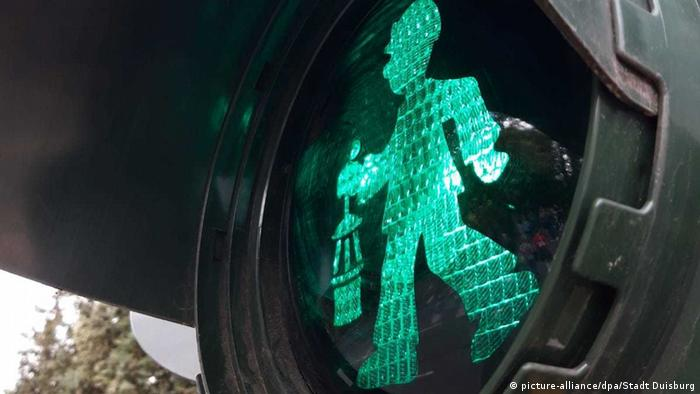 BdT - The new traffic light man in Duisburg (picture-alliance/dpa/Stadt Duisburg)