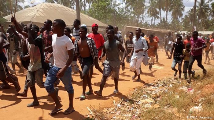 Mosambik Montepuez - Anhänger von RENAMO verursachen Aufstände in Montepuez, Cabo Delgado