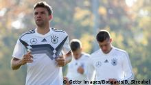 BERLIN, GERMANY - OCTOBER 10: Thomas Mueller of Germany looks on during a training session of the German national team at Stadion auf dem Wurfplatz on October 10, 2018 in Berlin, Germany. (Photo by Boris Streubel/Bongarts/Getty Images)