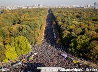 Марш в Берлине против расизма