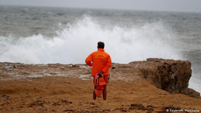 Ураган «Лесли» достиг берегов Португалии