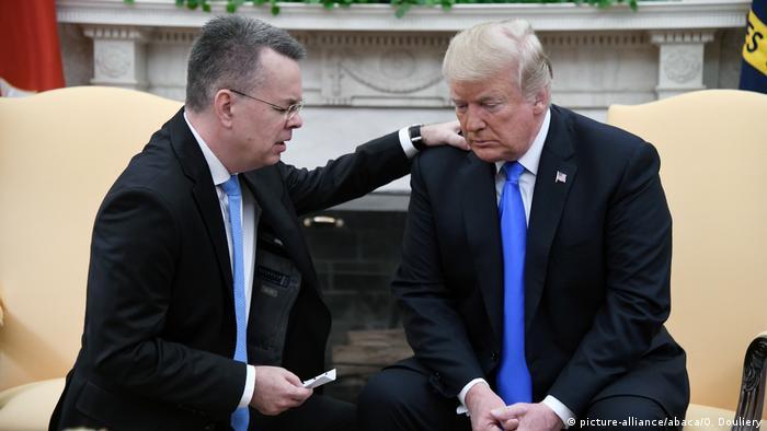 USA Präsident Trump empfängt Pastor Brunson
