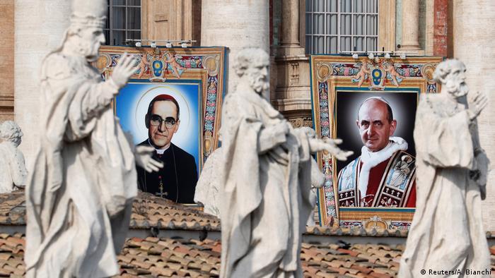 Vatikanstadt - Messe für ihre Heiligsprechung im Vatikan (Reuters/A. Bianchi)