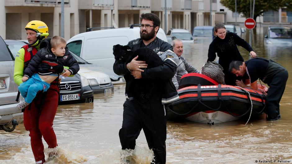 Flash floods kill 10 in southwest France