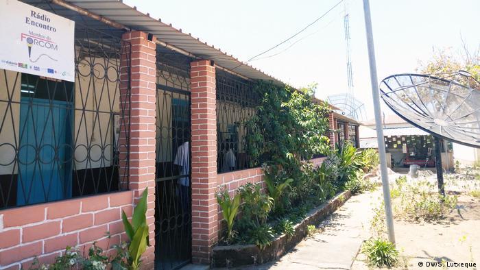 Instalações da rádio Encontro em Nampula