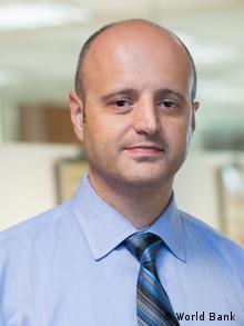 Francisco Ferreira, Senior Adviser der Weltbank