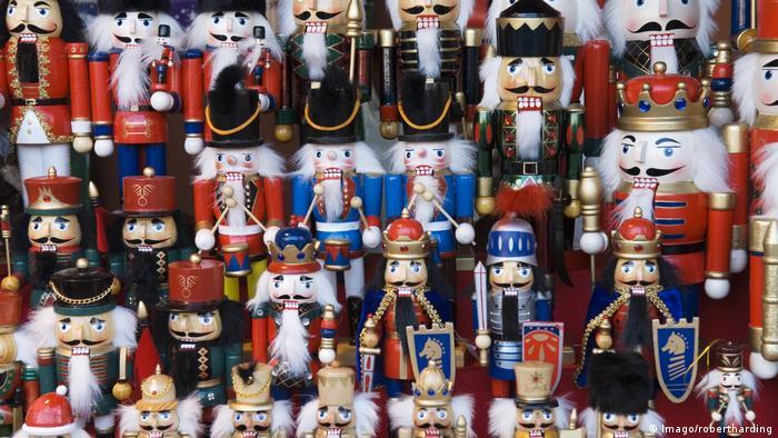 Щелкунчики в музее