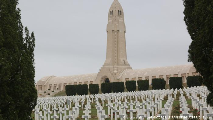 Erinnerungsstätten des Ersten Weltkriegs | Frankreich Douaumont (picture-alliance/PHOTOPQR/LE PARISIEN/MAXPPP/O. Boitet)
