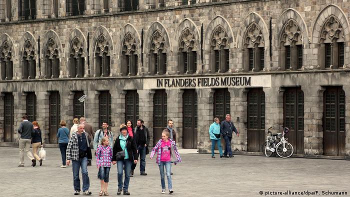 Erinnerungsstätten des Ersten Weltkriegs | Belgien Ypern (picture-alliance/dpa/F. Schumann)