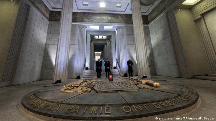 Erinnerungsstätten des Ersten Weltkriegs | Frankreichs (picture-alliance/AP Images/P. Seeger)