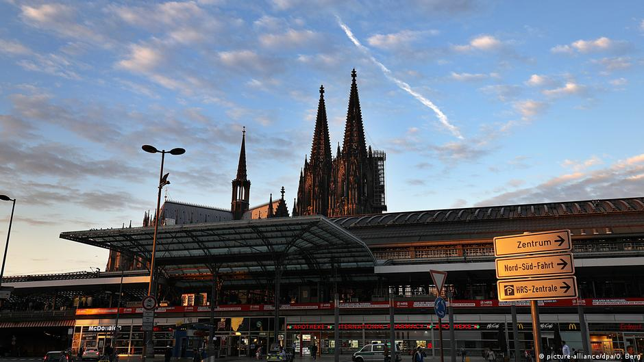 Germany Probes Islamist Motive In Cologne Attack