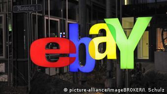 Deutschland Berlin Ebay Logo (picture-alliance/imageBROKER/I. Schulz)