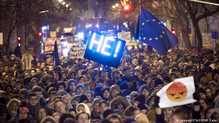 Students protest in Budapest (Imago/EST&OST/M. Fejer)