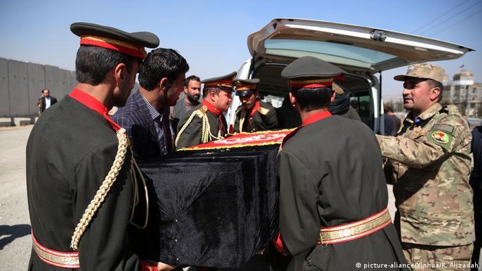 Afghanistan | Tote und Verletzte bei hochrangigem Sicherheitstreffen in Kabul (picture-aliance/Xinhua/R. Alizadah)