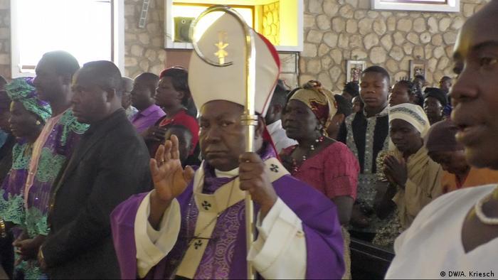 Cameroonian Archbishop Cornelius Fontem Esua (DW/D. Tchoffo)