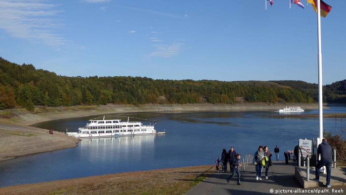 Biggesee lake in North Rhine-Westphalia (picture-alliance/dpa/H. Reeh)