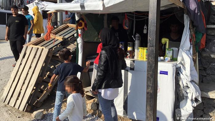 Griechenland Flüchtlingslager Moria auf Lesbos | kleine Geschäfte