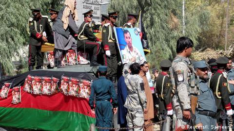 Afghanistan Beerdigung von General Abdul Razeq   nach Anschlag in Kandahar