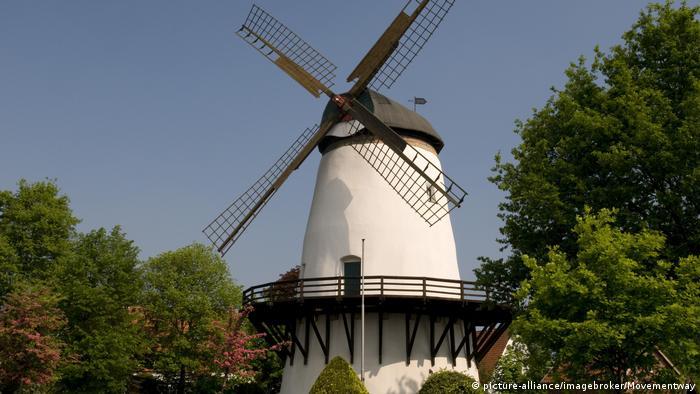Ветряная мельница в деревне Гландорф