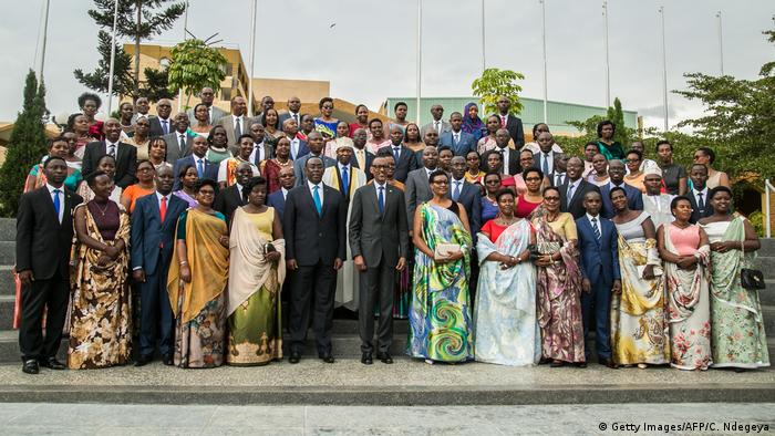 President Kagame poses with parliamentarians in September 2018 (Getty Images/AFP/C. Ndegeya)