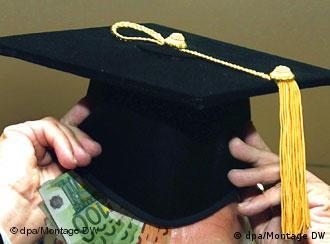 Doktorski šešir i novčanice