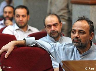 احمد زیدآبادی در یکی از جلسات دادگاههای دستهجمعی معترضان