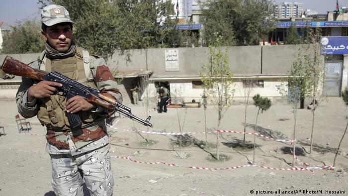 Afghanistan Parlamentswahl | Anschlag in Kabul (picture-alliance/AP Photo/M. Hossaini)