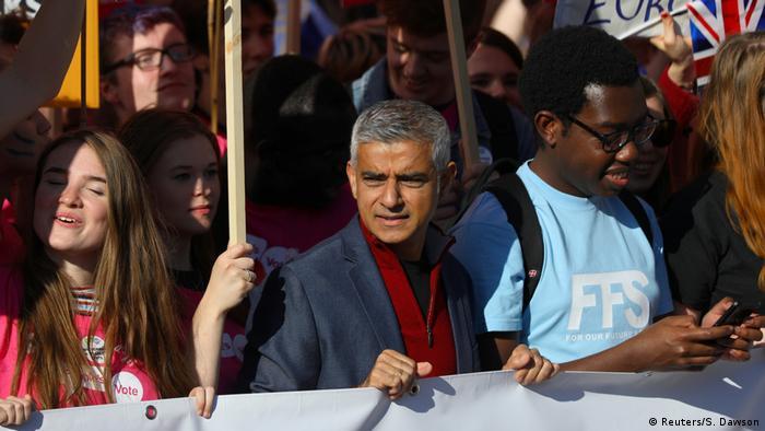 UK Briten protestieren in London für zweites Brexit-Referendum | Sadiq Khan (Reuters/S. Dawson)