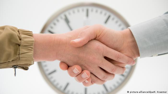 во франции подтверждены три случая новой коронавирусной