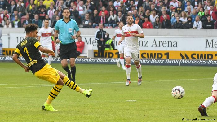 1. Bundesliga VfB Stuttgart - Borussia Dortmund | (0:1) Tor (Imago/kolbert-press)