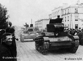 Panzer (Foto: ullstein bild)