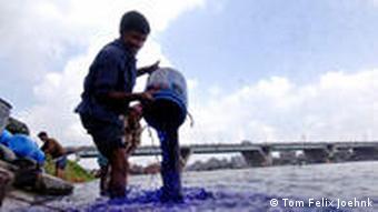 Blauer Fluss (Foto: Tom Felix Joehnk)