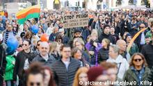 Deutschland Demonstration Herz statt Hetze in Dresden