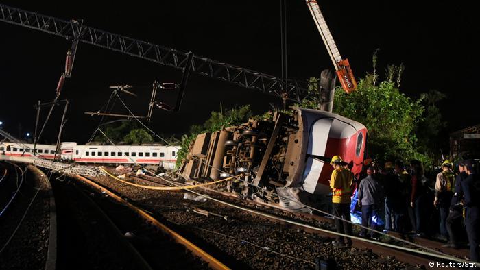 Taiwan Schweres Zugunglück (Reuters/Str.)