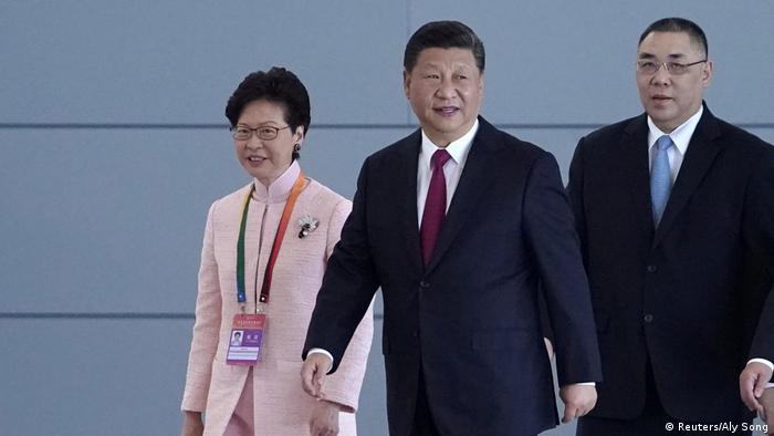 China Eröffnung Hongkong-Zhuhai-Macau-Brücke (Reuters/Aly Song)