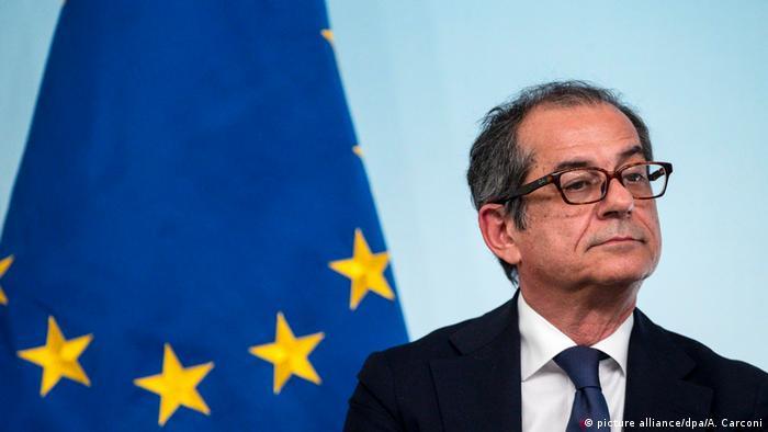 Europa Italien - EU-Kommisssion weist Italiens Haushaltsentwurf zurück l Finanzminister Giovanni Tria (picture alliance/dpa/A. Carconi)